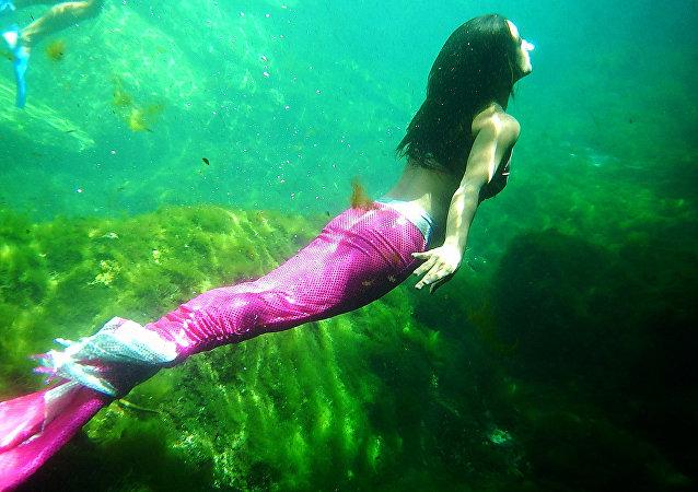 Las 'piernas de sirena' invaden las redes sociales