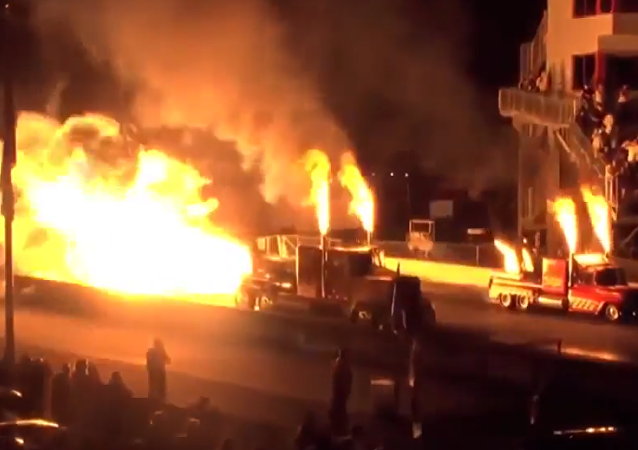 Highway to Hell: una carrera de camiones directa al infierno