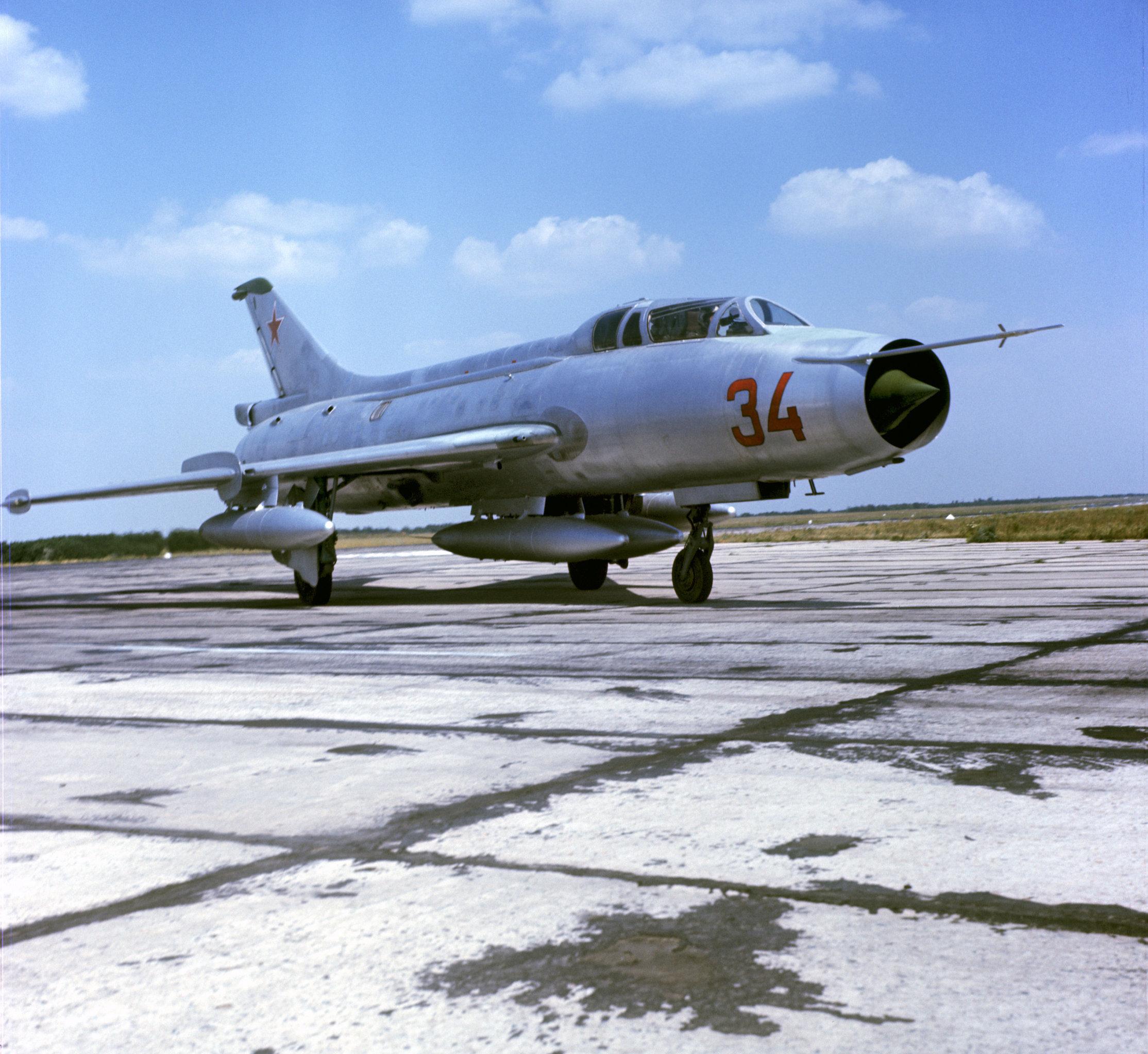 Caza Su-7