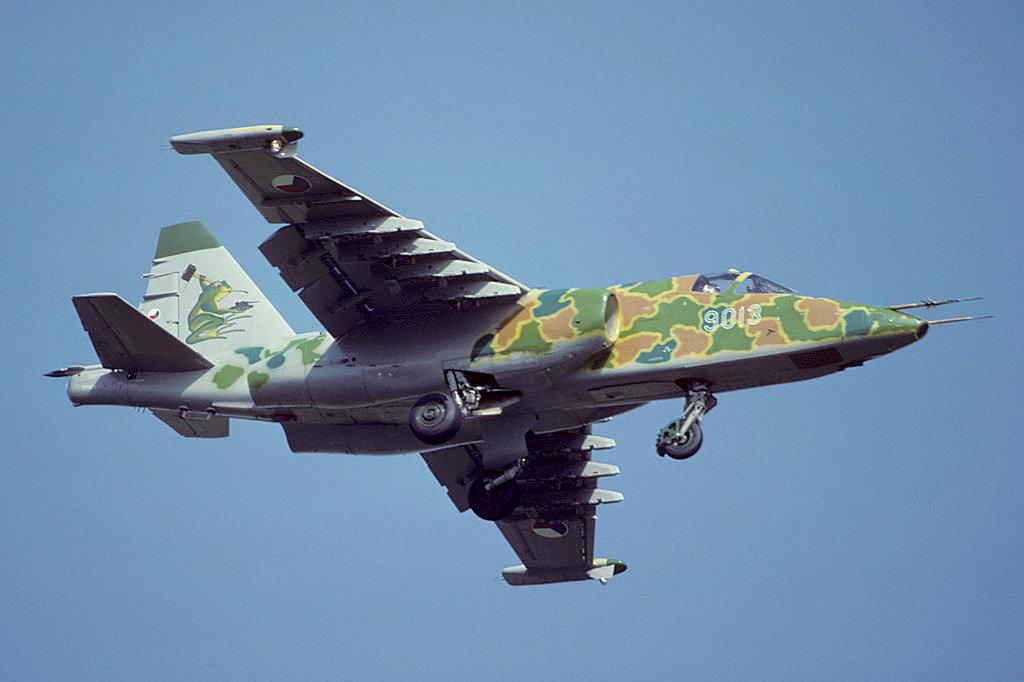 Caza Su-25K