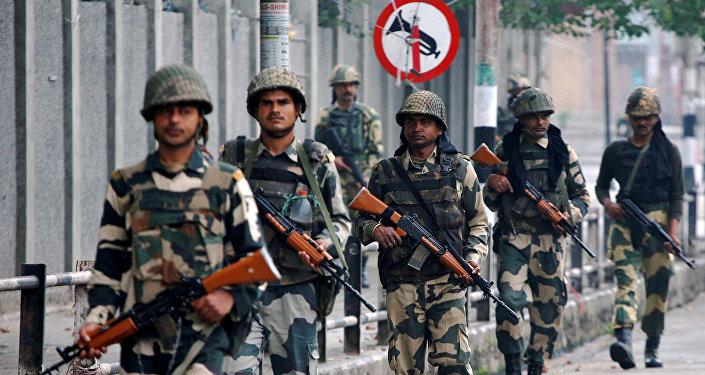 Soldados de la India en Cachemira