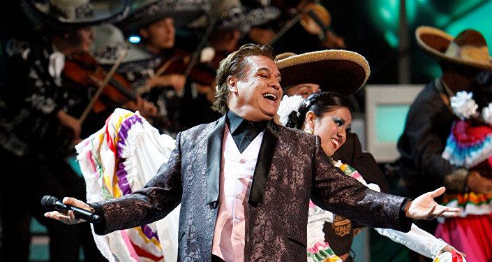 Juan Gabriel, el cantante popular mexicano