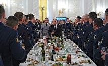 Presidente de Rusia, Vladímir Putin, en una cena en el Kremlin