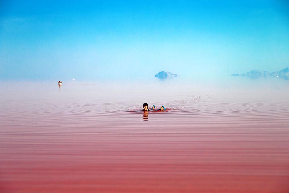 El fantástico lago rosado Urmía de Irán