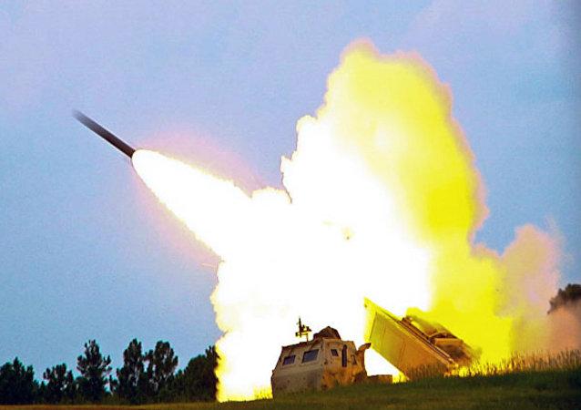 El lanzacohetes estadounidense Himars