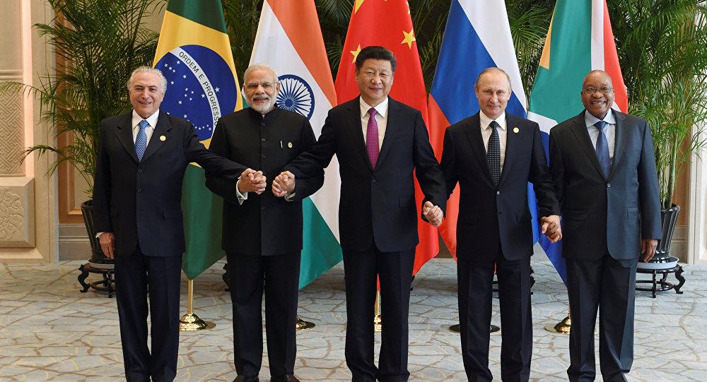 Presidente de Brasil, Michel Temer, primer ministro de India, Narendra Modi, presidente de China, Xi Jinping, presidente de Rusia, Vladímir Putin, presidente de Sudáfrica, Jacob Zuma