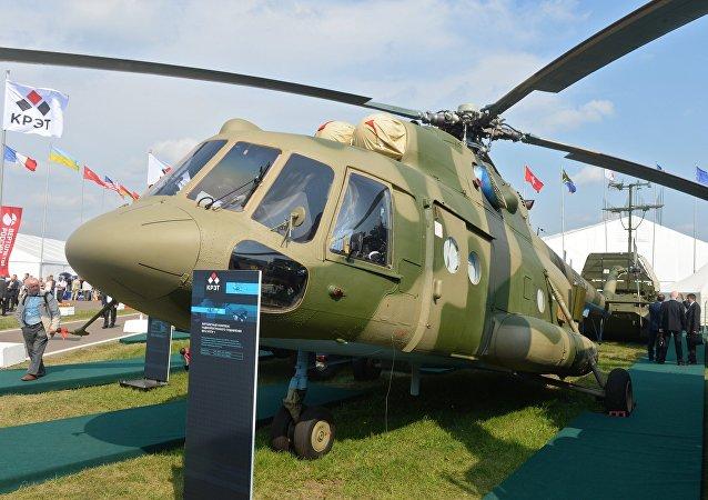 Mi-8 MTPR en el Salón Aeroespacial MAKS 2015