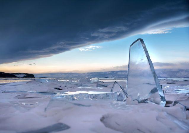 Un mar congelado (archivo)