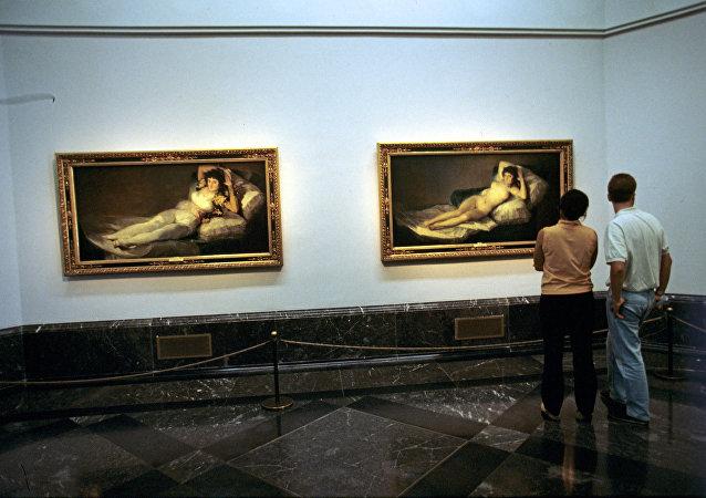 Obras de Goya La maja vestida y La maja desnuda en el Museo del Prado
