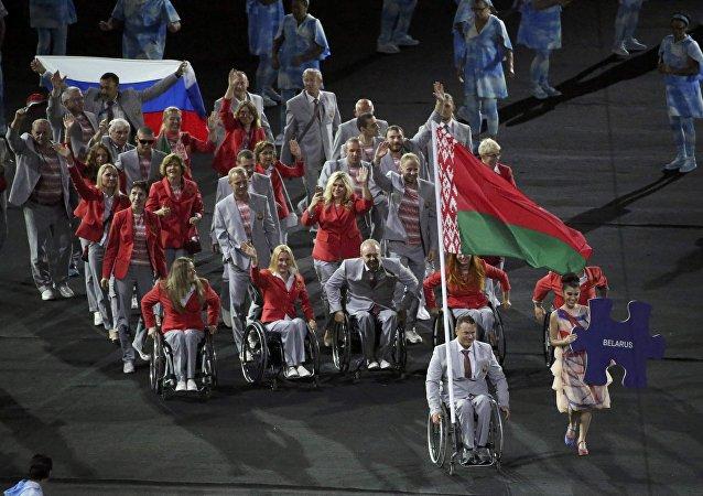 Deportistas bielorrusos en la ceremonia de inauguración de los Juegos Paralímpicos de Río de Janeiro