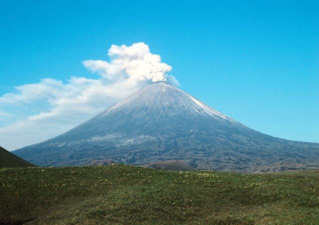 Volcán Kliuchevskói (archivo)
