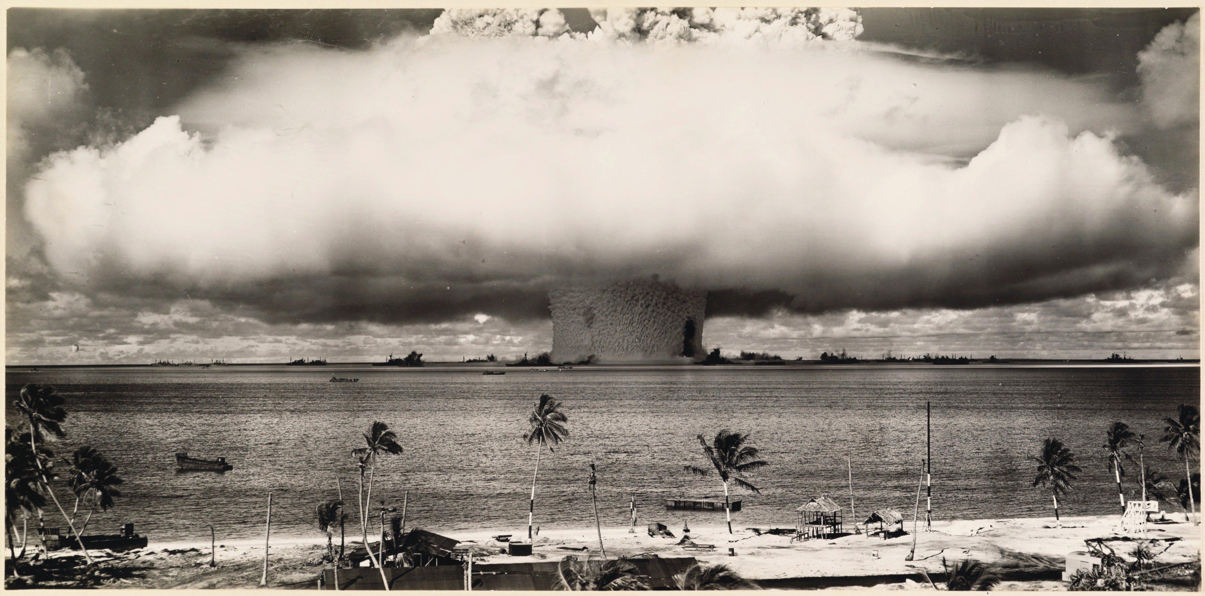 Detonación en el Atolón Bikini, Islas Marshall, Pacífico, 1946