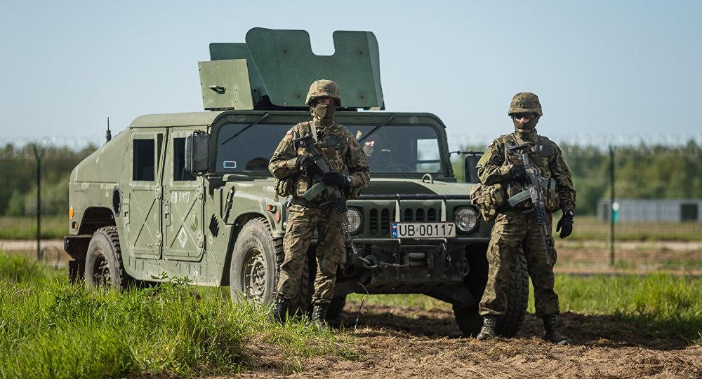 Soldados en Polonia (archivo)