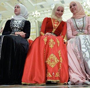 Chicas chechenas en hiyab