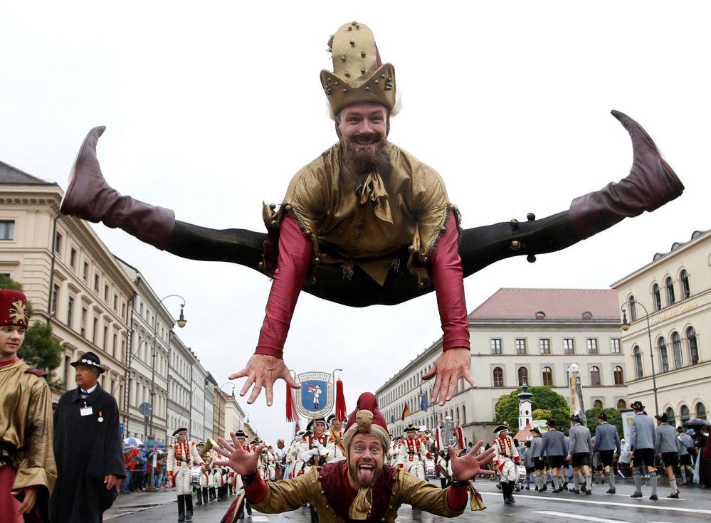 La Oktoberfest, la celebración anual de la cerveza, abrió sus puertas el 17 de septiembre en Munich, Alemania.