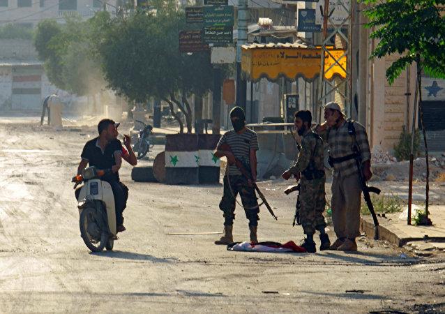Radicales en Hama (archivo)