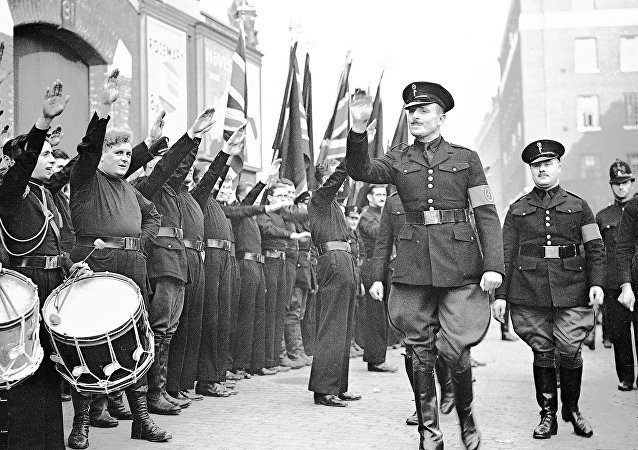 Oswald Mosley y sus ´camisas negras´