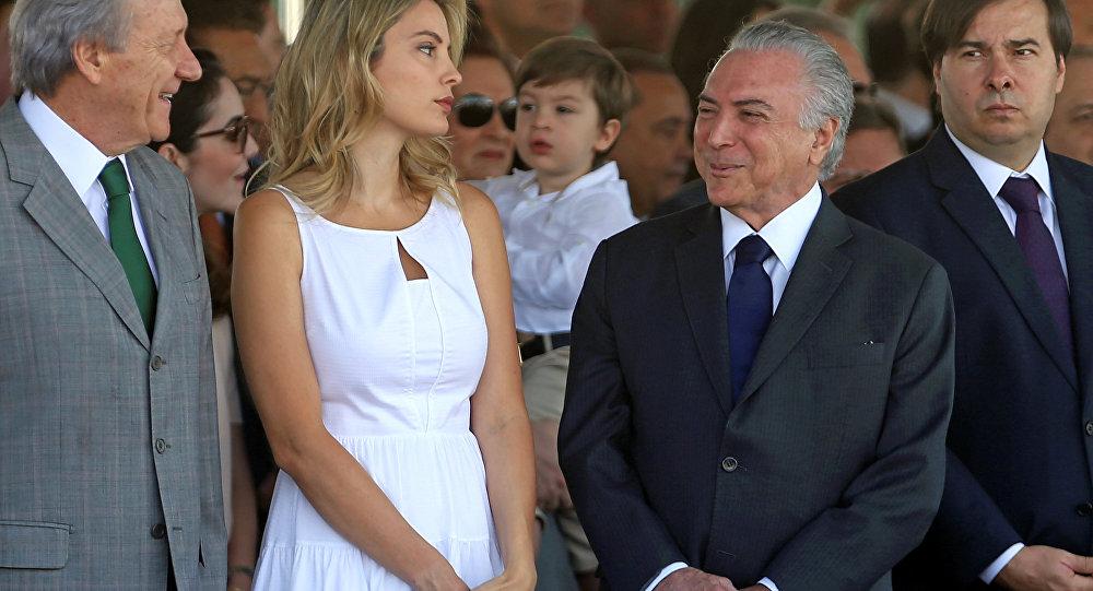 Presidente de Brasil Michel Temer y su esposa Marcela Temer
