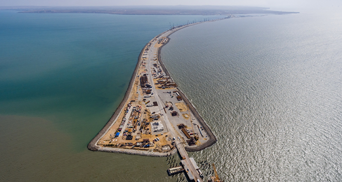 La construcción del puente de Crimea