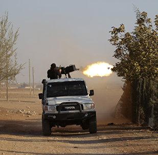 Combatiente de la oposición en Siria