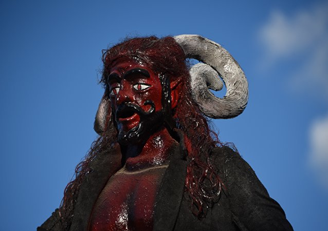 Una estatua del diablo
