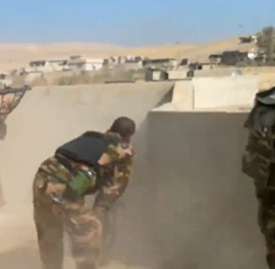 El ataque contra Mosul: batalla entre kurdos y extremistas de Daesh en Hazira