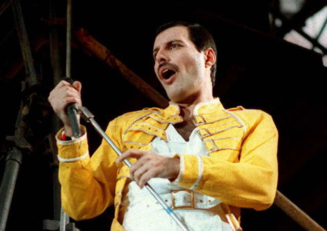Freddie Mercury, vocalista de la banda de rock Queen (archivo)