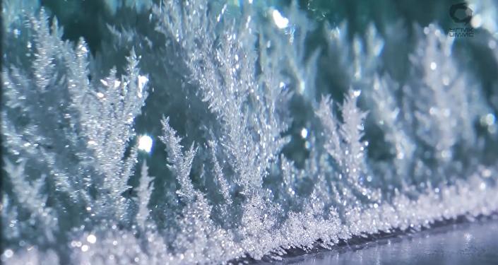 Un curioso vídeo muestra el increíble 'nacimiento' de la plata