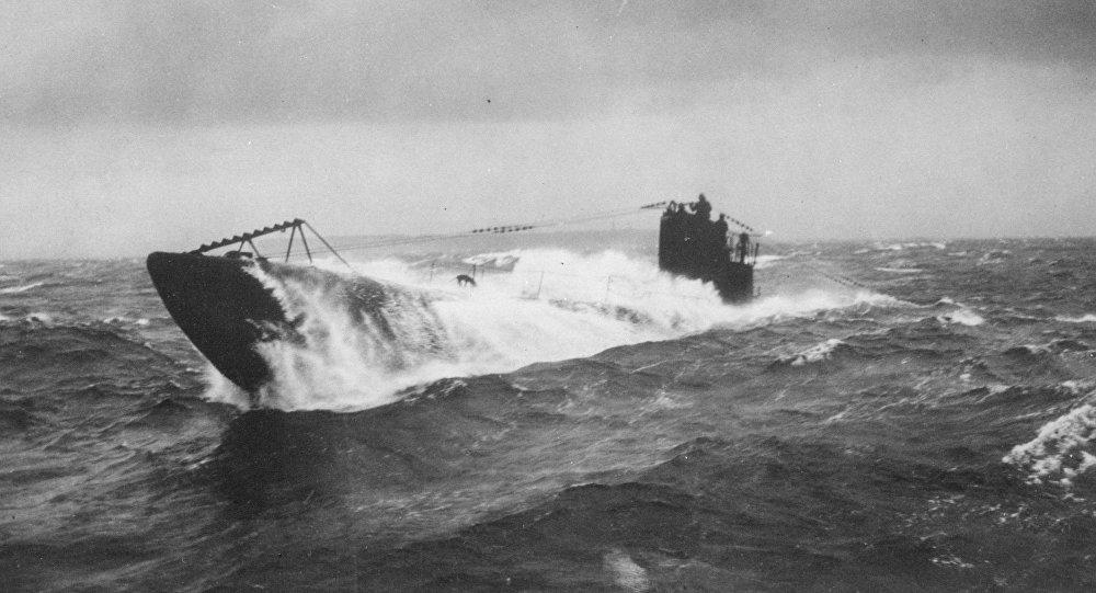 """Resultado de imagen para El submarino alemán atacado por un """"monstruo marino"""""""