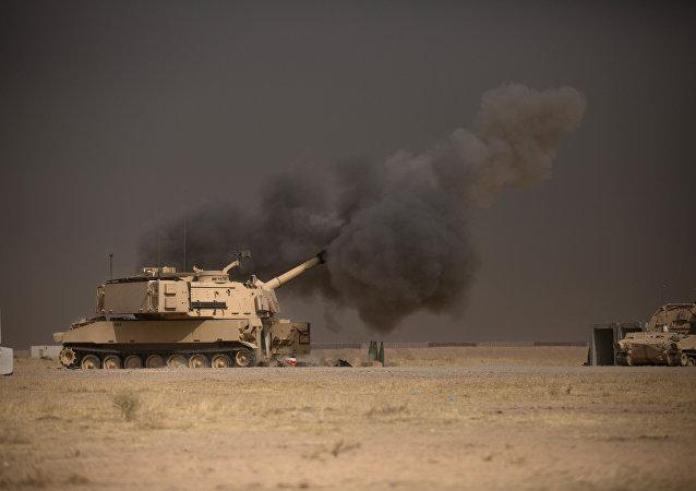 Un tanque de EEUU cerca de Mosul, Irak (archivo)