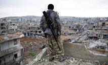 Francotirador kurdo en Kobani, archivo