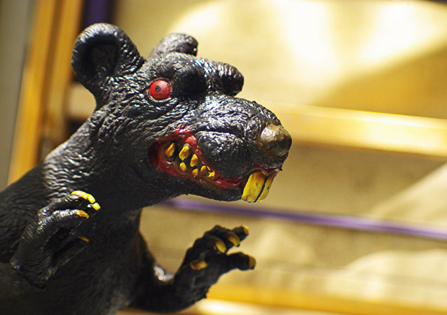 La estatua de una rata