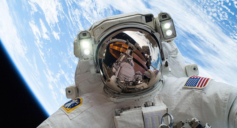 Un astronauta en el espacio (foto referencial)