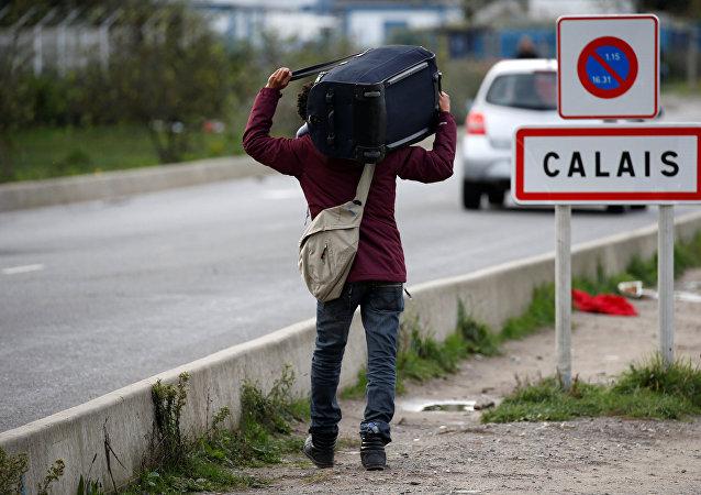 Un refugiado en Calais, Francia