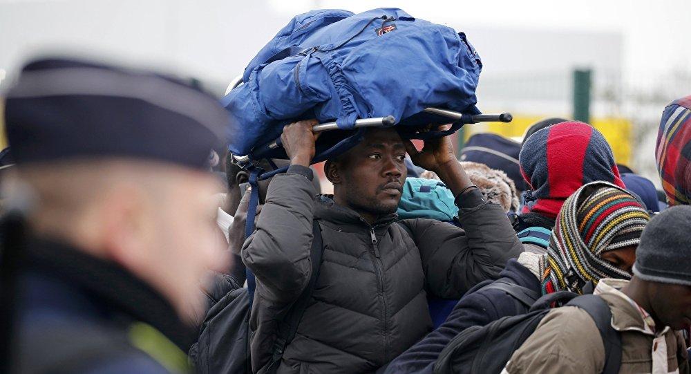 Se incendia el campamento de migrantes
