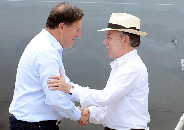 Presidente de Panamá, Juan Carlos Varela, y presidente de Colombia, Juan Manuel Santos