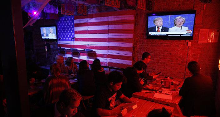 Transmisión del último debate de los candidatos presidenciales de EEUU, Donald Trump y Hillary Clinton