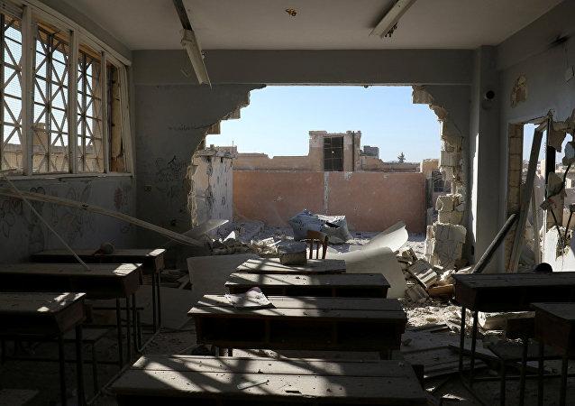 Consecuencias del ataque a una escuela en la provincia siria de Idlib (archivo)