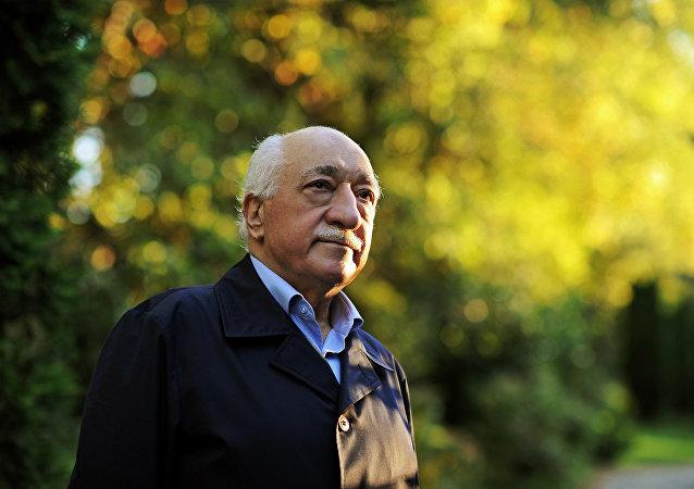 Fethullah Gulen, clérigo islámico y opositor turco (archivo)
