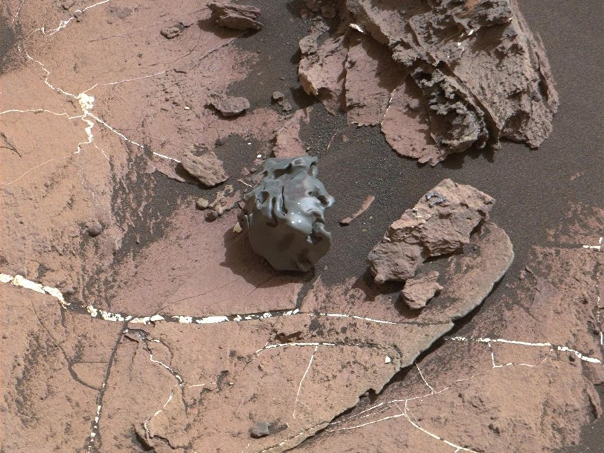 La 'Roca Huevo' encontrada por el Curiosity