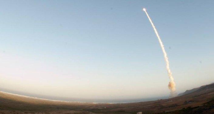 Lanzamiento de un misil nuclear (Archivo)