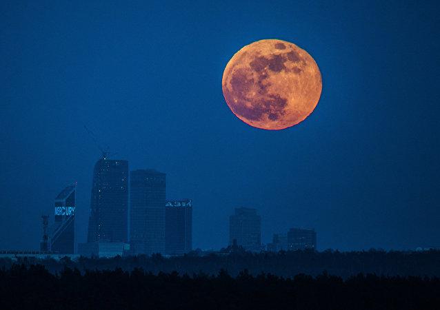 Superluna en Moscú (archivo)