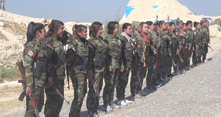 Mosul: las mujeres kurdas en primera línea de fuego