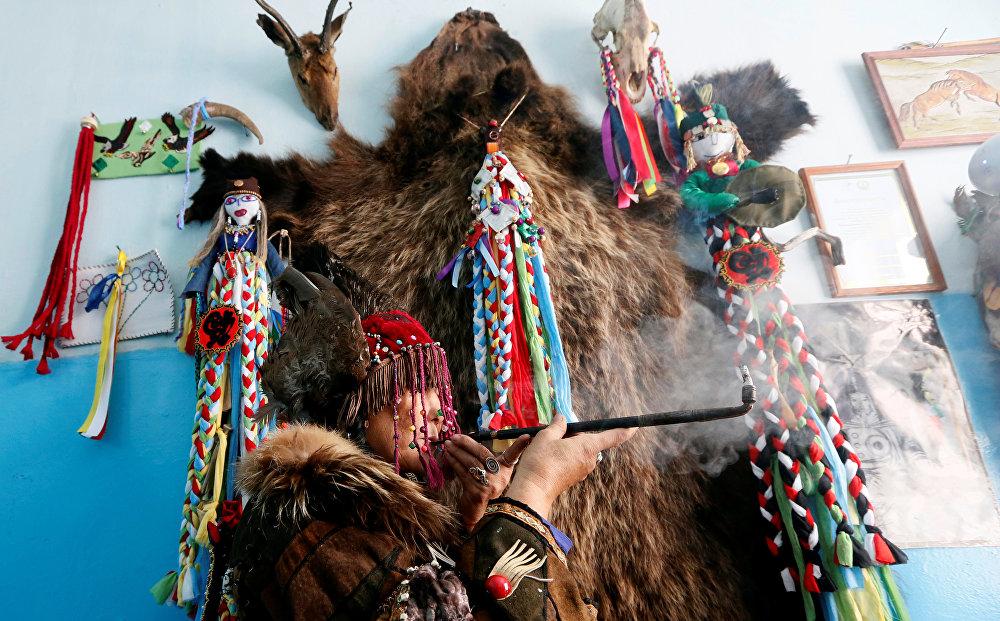 Tuvá, la misteriosa región rusa donde se mezclan el budismo y el chamanismo