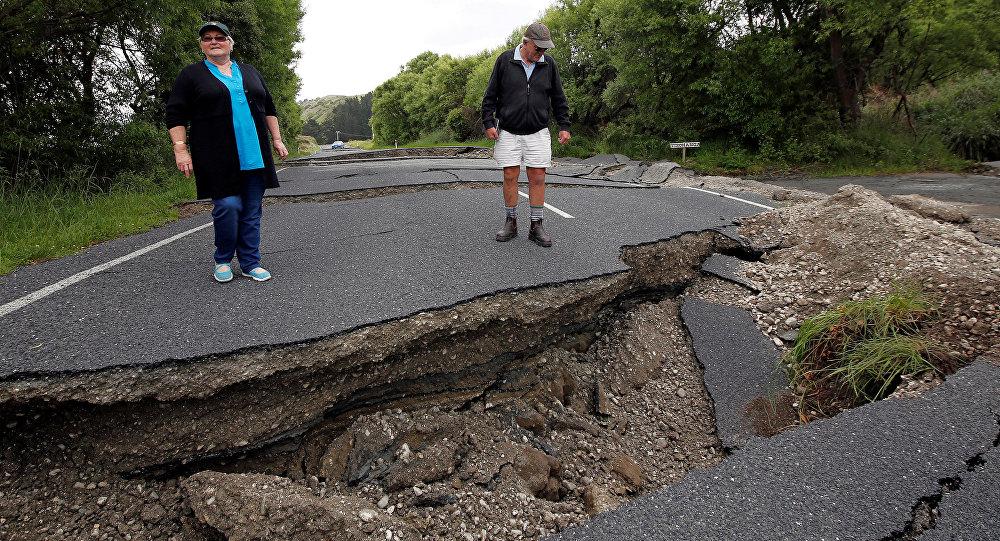 Grandes grietas, causadas por el terremoto de Kaikoura