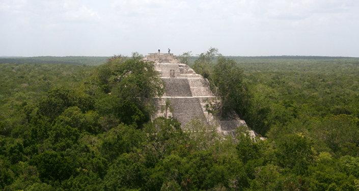 Antigua ciudad maya (imagen referencial)