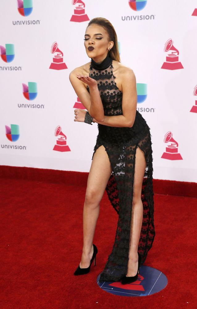 Los vestidos más provocativos de los Grammy Latinos