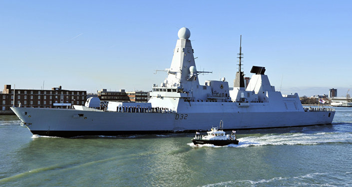 El destructor HMS Daring de la Armada Real del Reino Unido