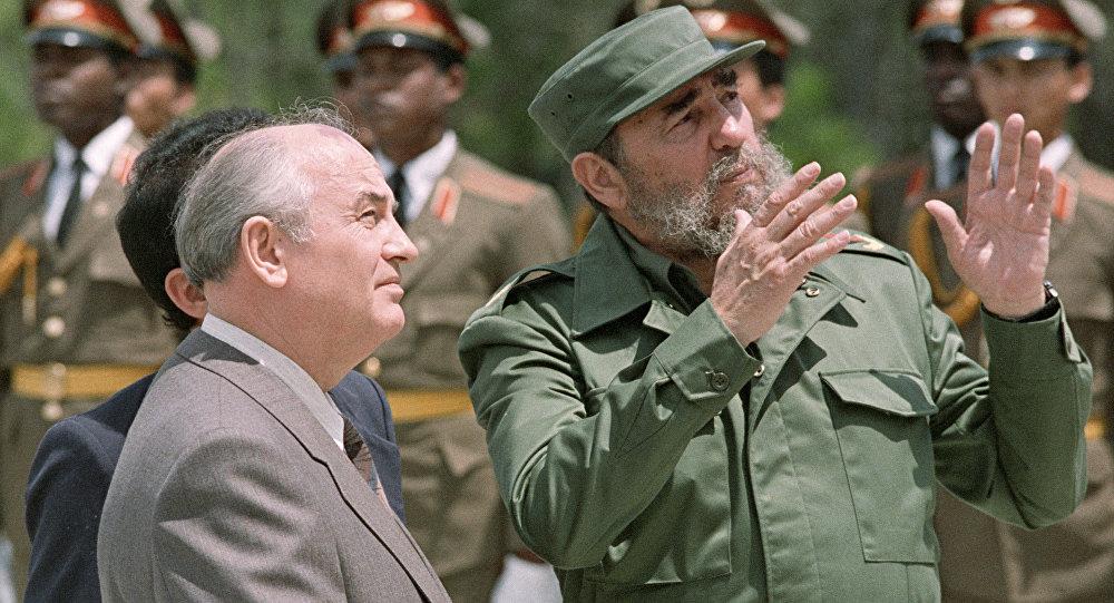 Mijaíl Gorbachov, expresidente de la URSS, y Fidel Castro, líder de la Revolución cubana