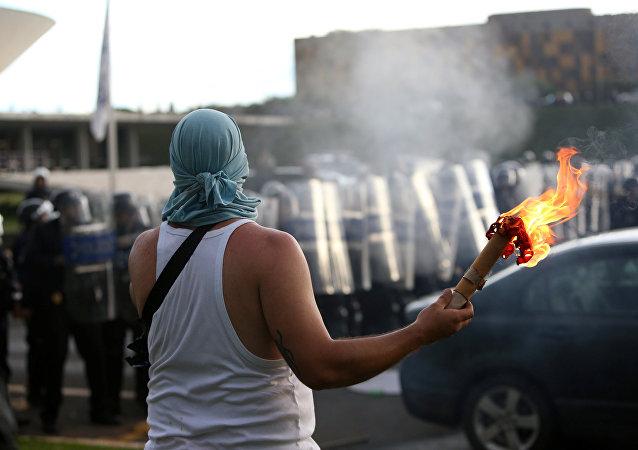 Manifestación contra el techo de gastos en Brasilia